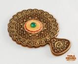Зеркальце с ручкой, украшенное малахитом